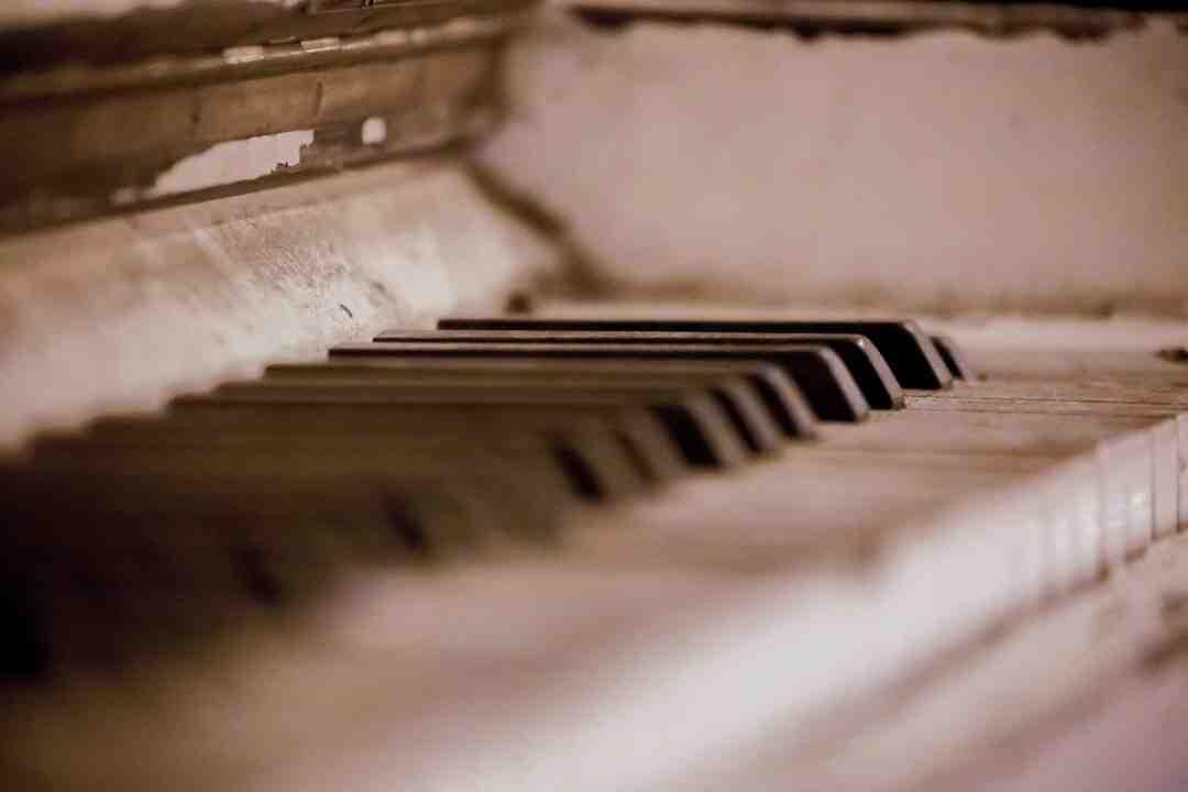 Comment s'entraîner à écrire vite au clavier ?