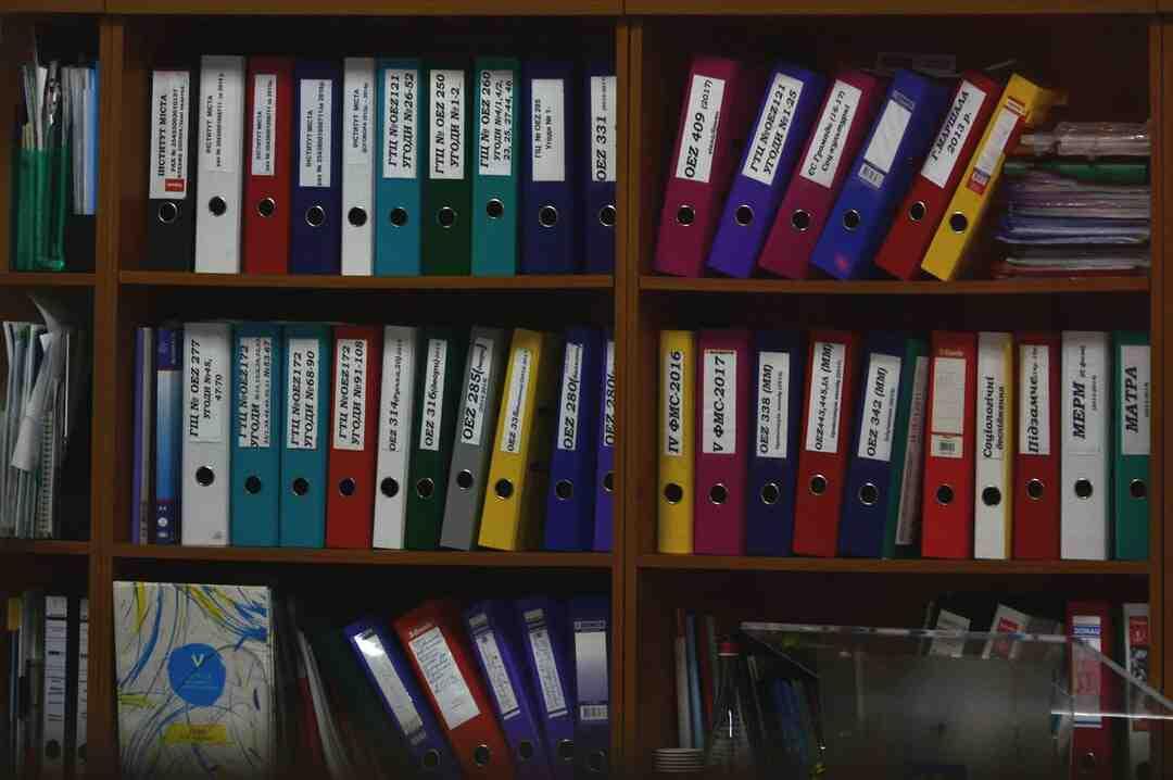 Comment créer un dossier d'archivage dans Outlook 2010 ?